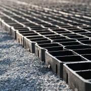 Bau einer Longierhalle mit Reitplatzmatten von Ridcon